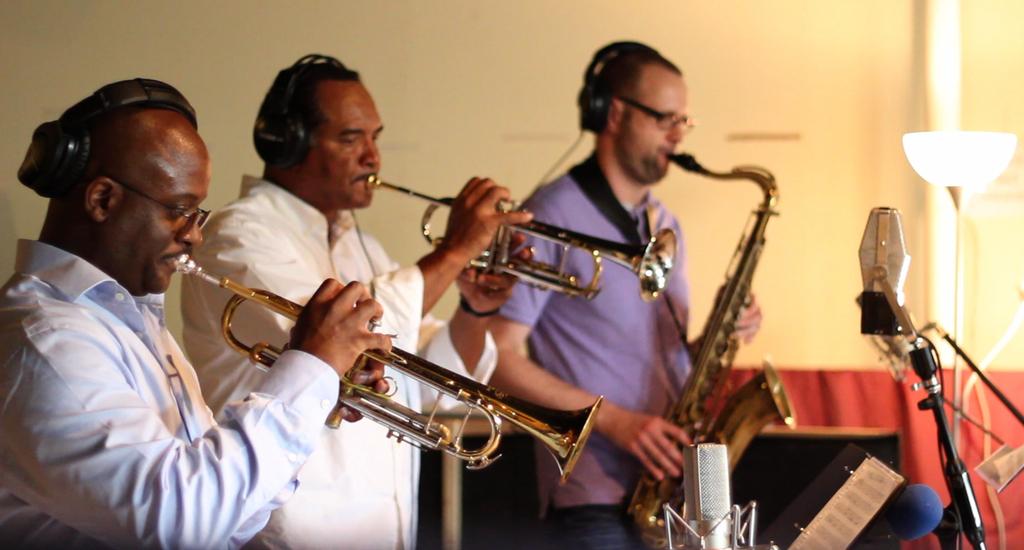 Zion Harmonizers horns