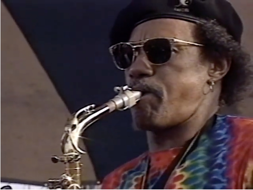 The Neville Brothers - Yellow Moon - 5/6/1990 - New Orleans, New Orleans, LA